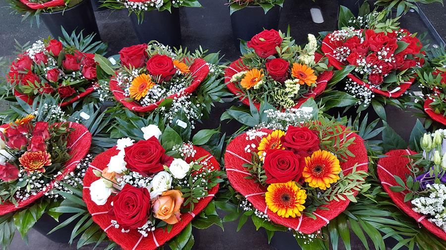 Individuelle Blumensträuße – Blumen Cornielje erfüllt Ihre ...